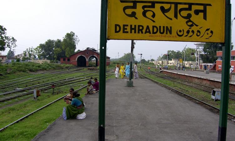 Delhi to Dehradun